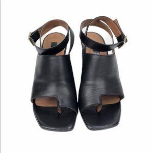 TOPSHOP Black Leather Sandals Sz 36